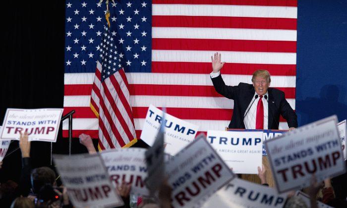 Republican presidential candidate Donald Trump speaks during a campaign event, Monday, Feb. 1, 2016, in Cedar Rapids, Iowa. (AP Photo/Mary Altaffer)