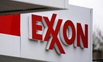 As Oil Prices Plunge, Big Oil Profits Take a Hit