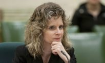 Going Dutch: Sudden Lobbying Changes Ruffle Hyper-Social Ottawa