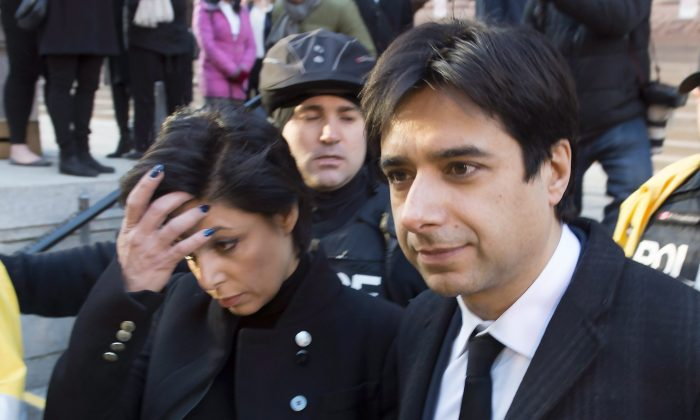 Former CBC Radio host Jian Ghomeshi leaves a Toronto courthouse with his lawyer Marie Henein after the first day of his sexual assault trial on Feb. 1, 2016. (The Canadian Press/Frank Gunn)