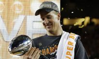 Dominant D carries Manning, Broncos to 24-10 Super Bowl win