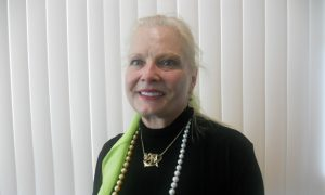 Shen Yun a Once-in-a-Lifetime Opportunity, Jewelry Designer Says