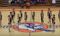 Video: Illinois High School Student Dance Team Performs Without Music
