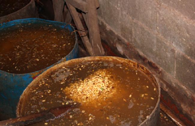 Brine used to ferment the tofu. (via China Quality News)