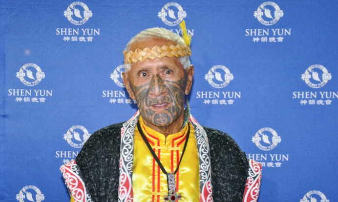Maori Family Empathises With Shen Yun Performance