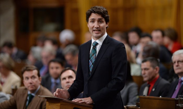 Prime Minister Justin Trudeau delivers a speech in the House of Commons regarding the ISIL motion on Feb. 17, 2016. (The Canadian Press/Sean Kilpatrick)
