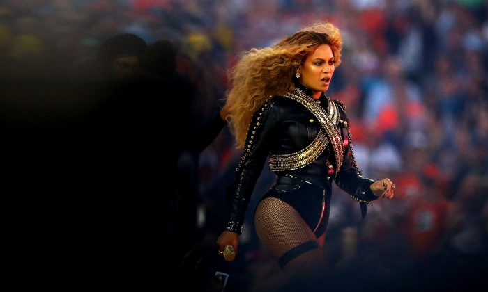 Beyonce performs during the Pepsi Super Bowl 50 Halftime Show at Levi's Stadium on February 7, 2016 in Santa Clara, California. (Photo by Ronald Martinez/Getty Images)