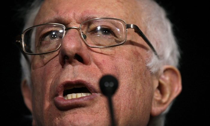 Democratic presidential candidate Sen. Bernie Sanders (I-VT) speaks during a campaign event at University of South Carolina February 16, 2016 in Columbia, South Carolina. (Alex Wong/Getty Images)