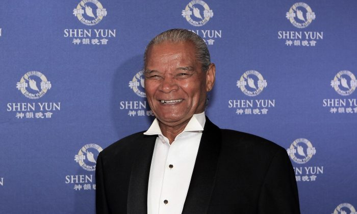 Shen Yun Soprano Has a 'God Given Voice', Says Opera Singer