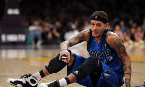 Former NBA Player Delonte West Seen Wandering Jack in the Box Parking Lot, Wearing Hospital Gown Without Shoes