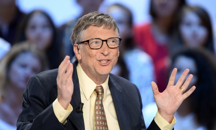 "US billionaire Bill Gates, Microsoft co-founder and co-founder of Bill and Melinda Gates Foundation, speaks during during the live show ""Le grand journal "" on French private television channel ""Canal Plus"" in Paris on June 25, 2015.(BERTRAND GUAY/AFP/Getty Images)"