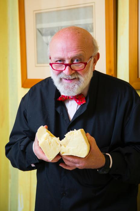 Renato Brancaleoni makes exceptional cheeses. (Channaly Philipp/Epoch Times)