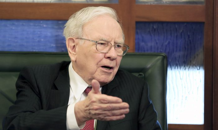 Berkshire Hathaway Chairman and CEO Warren Buffett speaks during an interview with Liz Claman on the Fox Business Network in Omaha, Neb., on May 4, 2015. (AP Photo/Nati Harnik)