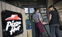 Eight-Year-Old Cuts Her Mouth on Earring Found in Pizza Hut Meal