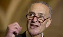 US Senator Wants Government to Set Airline Seat-Size Rules