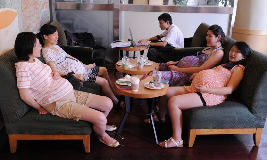 School in China Faces Teaching Shortage Because Half the Female Staff Wants to Give Birth in the Year of the Monkey