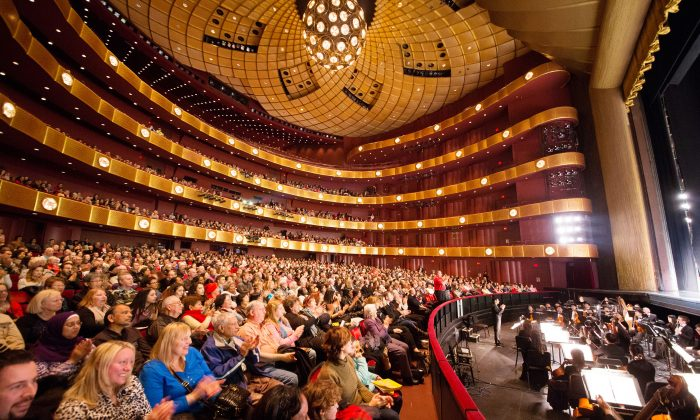 Shen Yun Connects Us All, Theatergoers Say