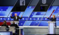 Sanders Campaign: Photo Proves that Hillary Clinton Cheated During Debate