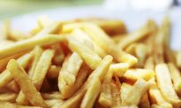 British Teen Goes Blind After Restrictive Diet of French Fries, Chips, and White Bread