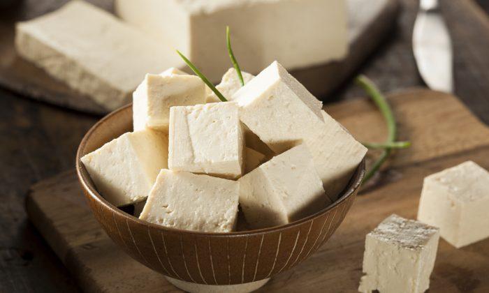 Organic Raw Soy Tofu (bhofack2/iStock)