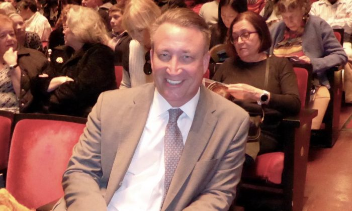 CBRE VP Says Shen Yun Authentic, Fantastic