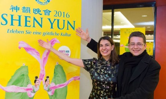 Drawn to Shen Yun Performance by Spectacular Advertisements