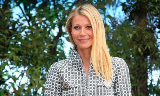 Gwyneth Paltrow's $200 Smoothie Includes Edible Dust