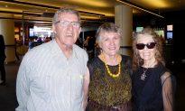 Acclaimed Australian Artist Lavishes Praise on Shen Yun