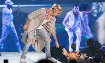 Fans Paid $2K to Meet Justin Bieber, Say They Got Photo With Cardboard Cutout Instead