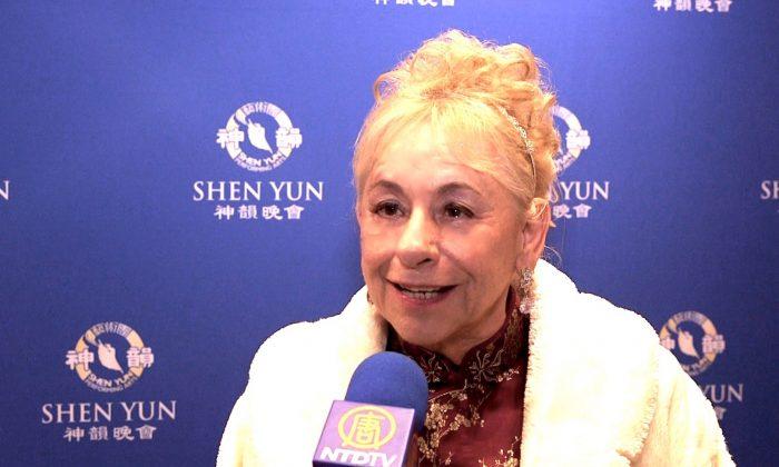 Singer Sheds 'Tears of Joy' While Recalling Shen Yun