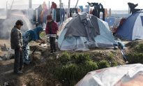 Greece: Refugee Protests at Border, Islands