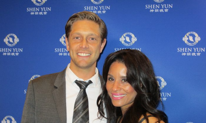 Shen Yun Brings 'Light in the Darkness' for Recording Artist and Philanthropist