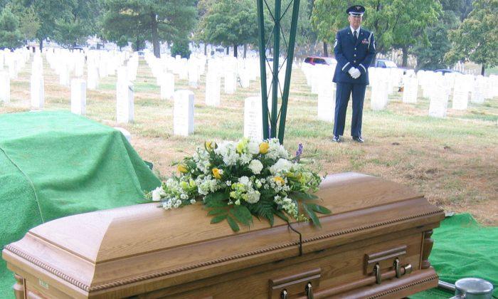 Casket prepared for burial. (Public Domain)