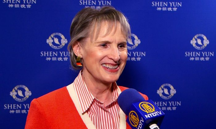 Co-founder of California Philharmonic Amazed by Shen Yun's Talent, Discipline