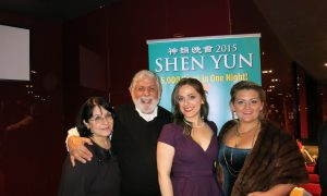 Shen Yun Presents Universal Spiritual Beliefs and Brings Hope