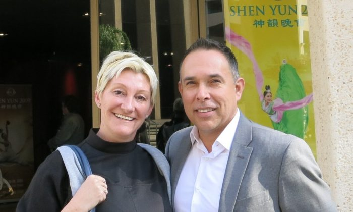 See Shen Yun Before It's Gone, Says Psychotherapist