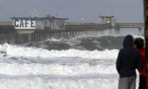 Lifeguards Rescue 22 Students From Nearly Drowning off California Coast