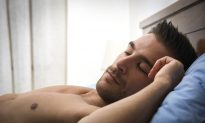 Hacking Your Sleep 101: 9 Tips For Better Gains