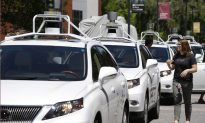 Driverless Cars: Automakers, Government Regulators, Face Ethical Dilemma