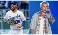 Eric Hosmer: Video Shows Kansas City Royals 1st Baseman Surrounded by Fans at Justin Bieber Concert