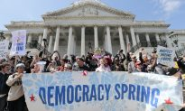 Hundreds Arrested on US Capitol Protesting Money in Politics