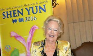 Shakespearean Professor Says Shen Yun Miraculous, Inspiring