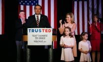 Ted Cruz: 'I Didn't Find a Horse's Head in My Bed'