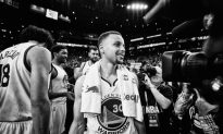 Golden State Warriors and Stephen Curry Set New NBA Record With a 73-Win Season