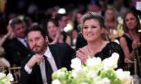 Kelly Clarkson and Brandon Blackstock Welcome Baby Boy