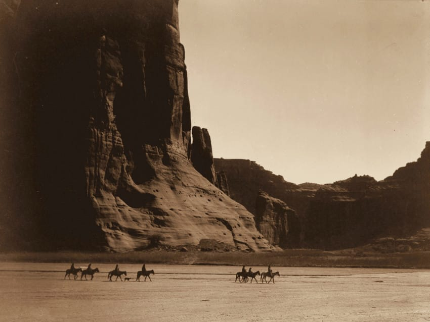 Navajo tribe in the Canyon de Chelly, Arizona, in 1904. (Edward S. Curtis/Library of Congress)