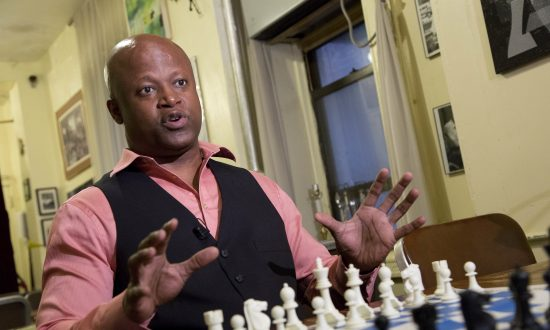 Chess' 1st African-American Grandmaster Enters Hall of Fame