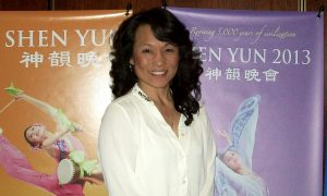 Former World Champion Kickboxer Commends Shen Yun's Strong Values