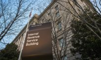 More Than 5M Tax Returns Expected Monday as Deadline Nears