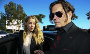 Video: Johnny Depp, Amber Heard Apologize for Smuggling Dogs Into Australia